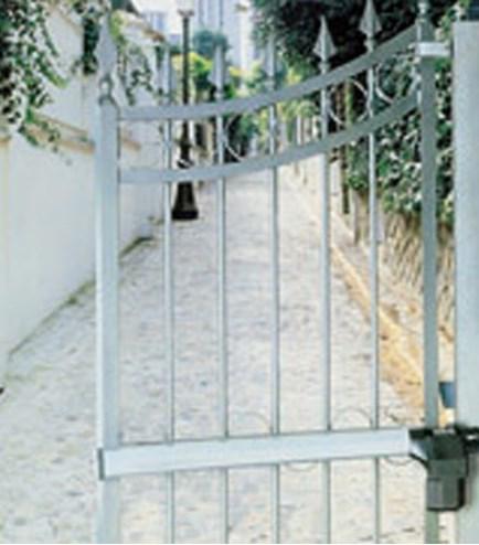 house gate residential gates swing bekafor betafence en classic