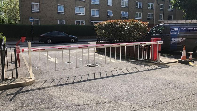FAAC B680 Barrier